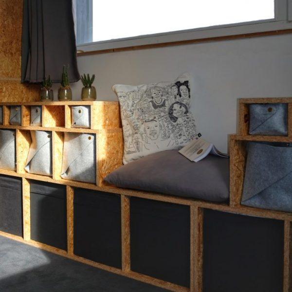 Photo d un meuble de rangement de chambre